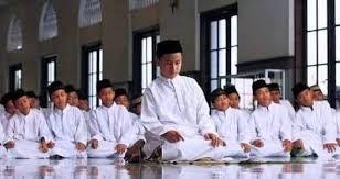 Adab Dan Ketentuan Dalam Sholat Berjamaah Di Masjid